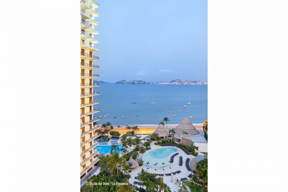 foto-estanteria-grand-hotel-acapulco-212a